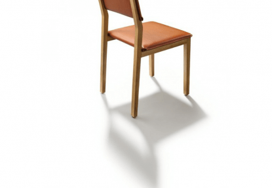 Chaise S1 en bois, assise et dossier en cuir