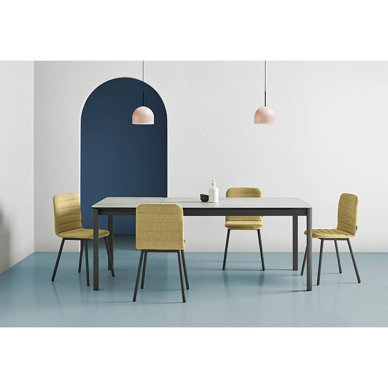 Table Mobliberica Pepper