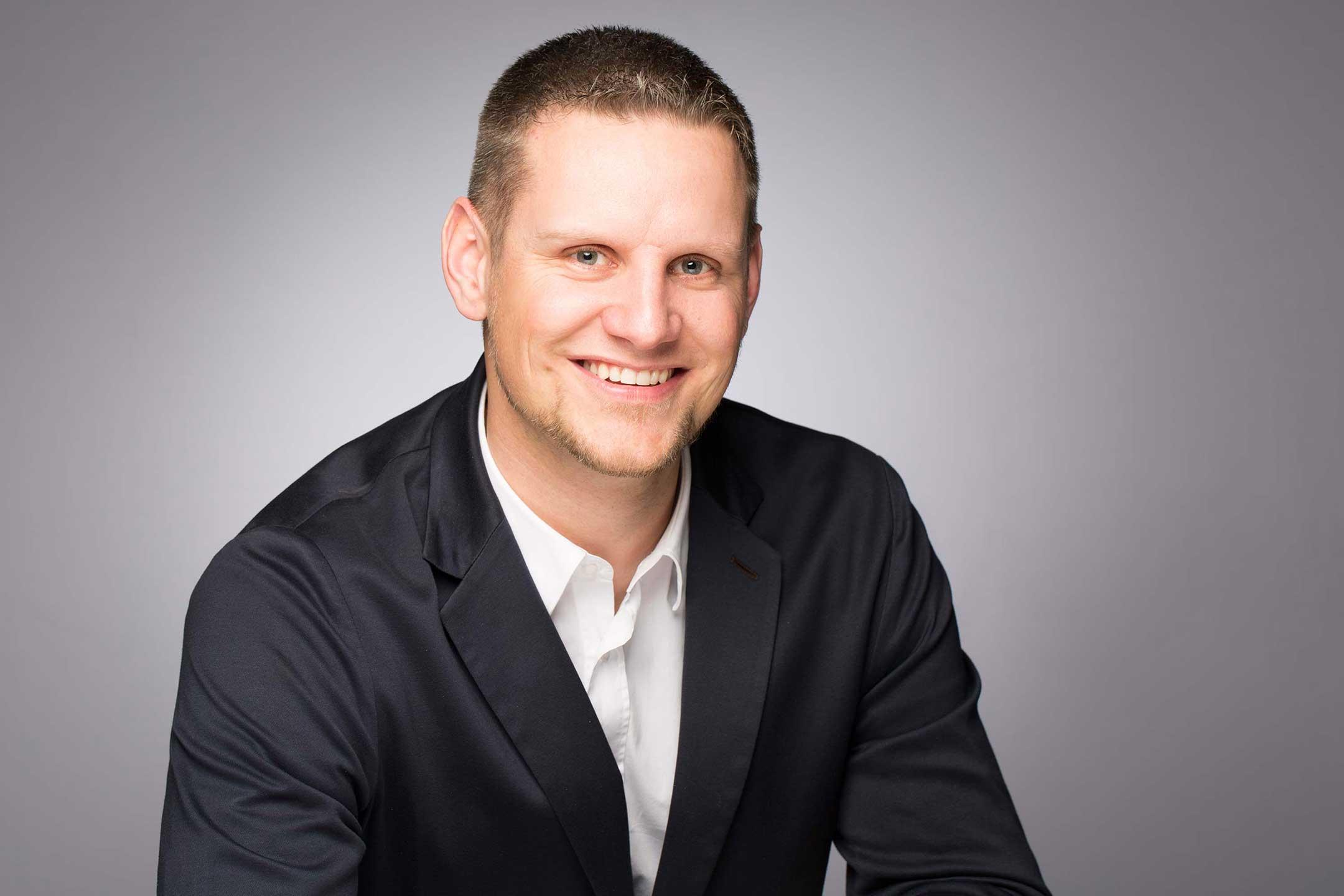 Steve Kolly, responsable Meubles-Kolly à Bulle