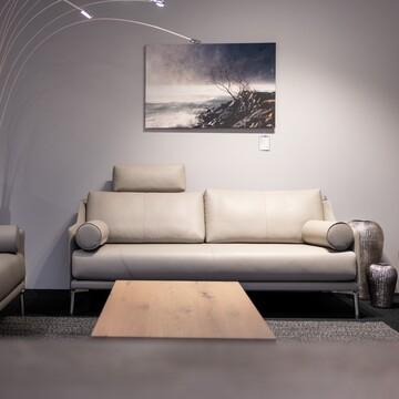 Des détails raffinés, pour un confort extraordinaire.  #meubleskolly #meubles #fribourg #bulle #payerne #decoration #design #home #interieur #lounge #livingroom #homesweethome #fourniture #meubleskolly